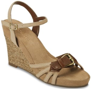 Aerosoles Women's Plush Around Wedge Sandal Review