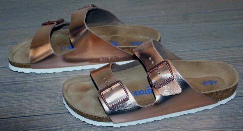 Birkenstock Unisex Arizona 2-Strap Cork Footbed Sandal Metallic Copper