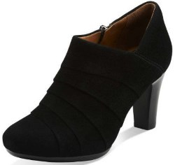 Clarks Womens Suede Solid Booties Review
