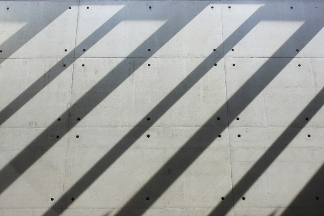 wall with perforation