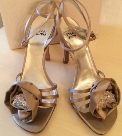 heeled sandals with textile rose and jewelry